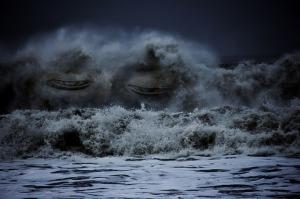waves-555394_640