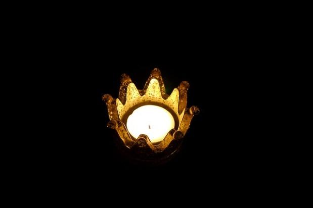 Der Teufel und die Krone – Ein koronalesMärchen